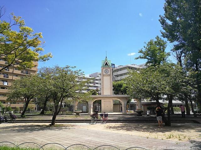 赤羽公園の時計塔