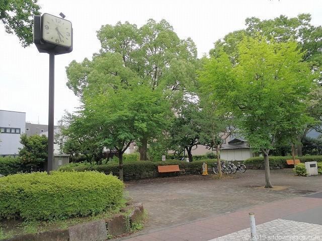 分倍河原駅前の片町公園の景観