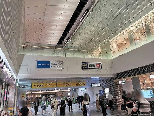 アトレ川崎4Fコモレビテラスの川崎駅構内からの位置