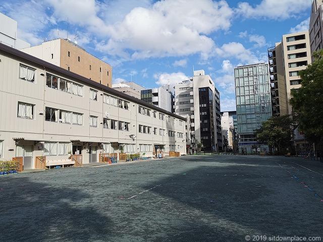 阪本小学校の校舎