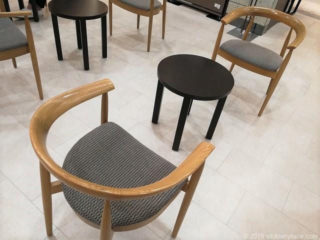 高島屋ローズパティオのテーブル席
