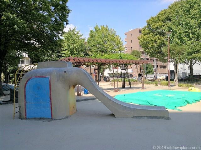 早苗公園の象さんのすべり台