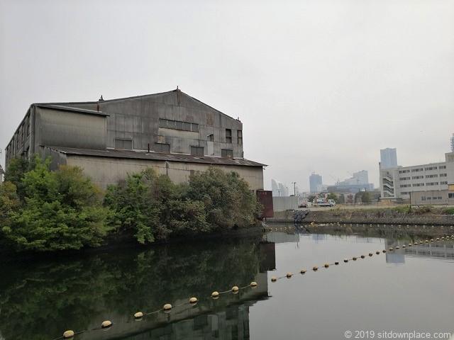 星野橋付近の運河と産廃業者