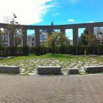 【御茶ノ水駅】明治大学リバティータワー裏 公開空地
