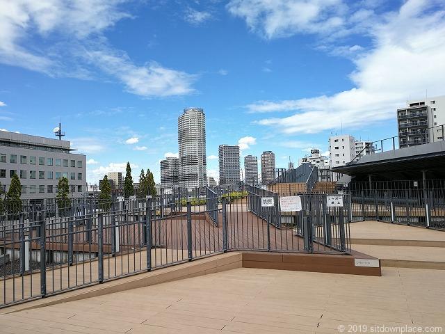 押上駅前自転車駐輪場屋上広場の景観