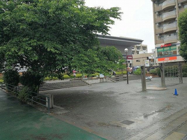 仙川駅前公園
