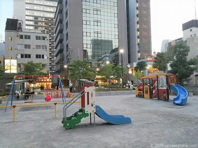 桜田公園の遊具