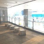 【大阪駅】大丸梅田 2F ロクシタン・スターバックス前 デッキ