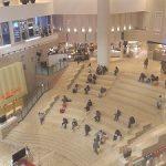 【梅田駅】阪急うめだ 9F 祝祭広場 大階段