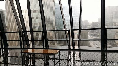東急プラザ銀座キリコテラスの座れる休憩所からの展望