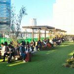【大阪駅】ノースゲートビル 11F 風の広場の休憩場所