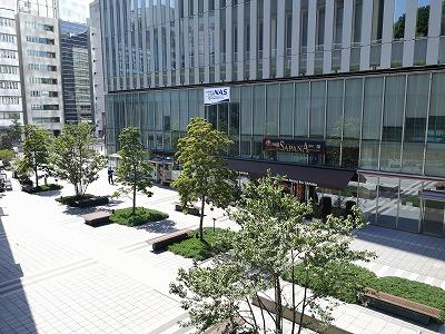 赤坂見附プルデンシャルタワーの座れる休憩場所全体