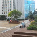 【池袋駅】サンシャイン4F  屋上庭園の休憩場所