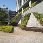 【永田町駅】平河町森タワー 紀尾井町側 公開空地の休憩場所