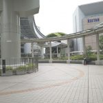 【立川駅】タクロス広場 (ヤマダ電機前)の休憩場所