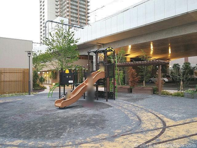 武蔵小金井駅ムサコガーデンにあるむさこぷらっと公園