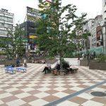 【大塚駅】南口駅前広場の休憩場所