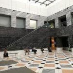 【新宿駅】新宿アイランドタワー 1F エントランスの休憩場所