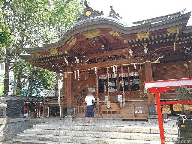 下谷神社の拝殿