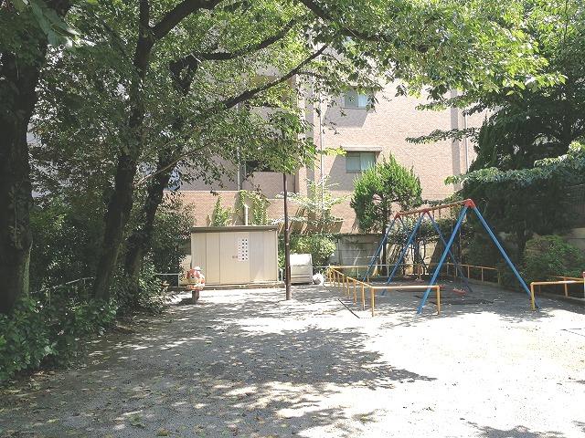 巣鴨四丁目児童遊園の景観