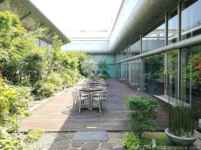 立川高島屋9F庭園テラス