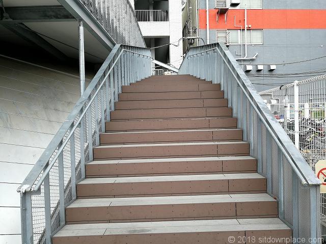 omterraceの外階段