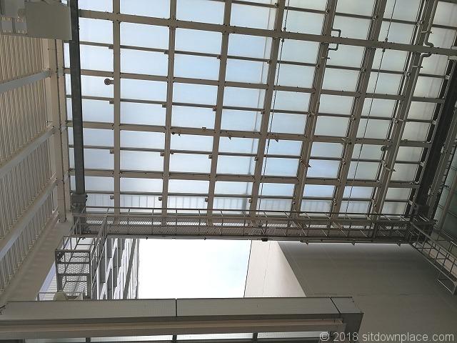 シーノ大宮センタープラザアトリウムの天井