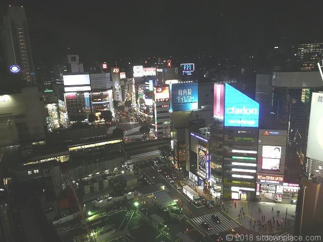 渋谷ヒカリエ11Fスカイロビーからの渋谷の夜景