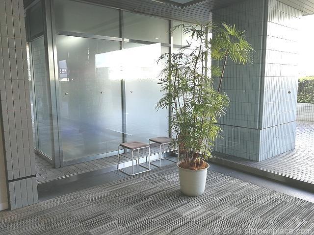 アスカタワー2Fの座れる休憩場所