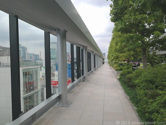 銀座シックス屋上庭園回廊
