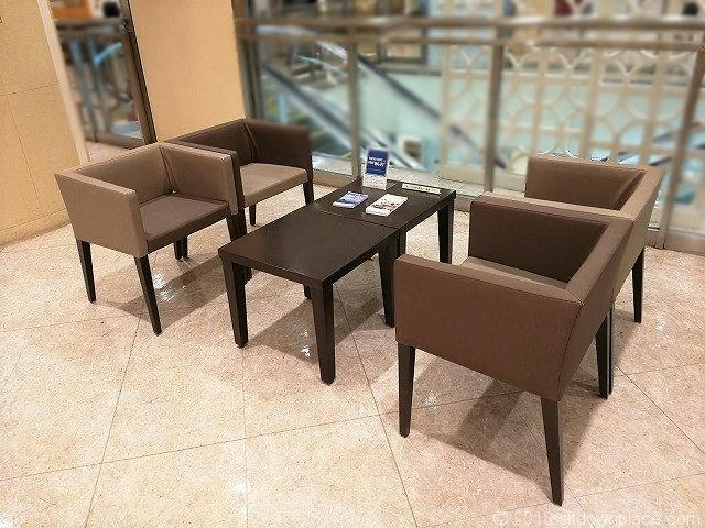 吉祥寺東急9Fのソファテーブル
