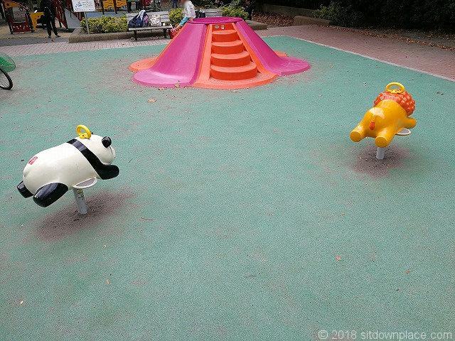 清澄庭園児童公園のリトルポップ
