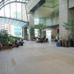【新宿駅】高島屋2F JR側出入口周辺の休憩場所