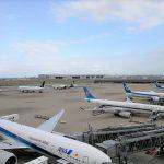 【羽田空港国際線ターミナル】展望デッキの休憩場所