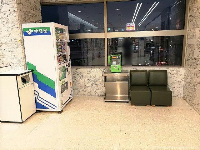 横浜そごうシースルーエレベーターの休憩所
