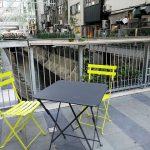 【渋谷駅】渋谷ストリーム 1F 金王橋広場の休憩場所