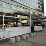 【品川駅】品川駅前デッキの休憩場所