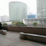 【横浜駅】そごう 2F 風の広場の休憩場所