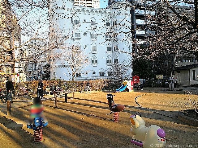 赤坂氷川公園の遊具