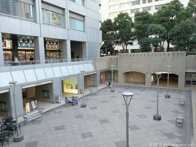 「スターバックス 国際新赤坂ビル店 テラス」の画像検索結果