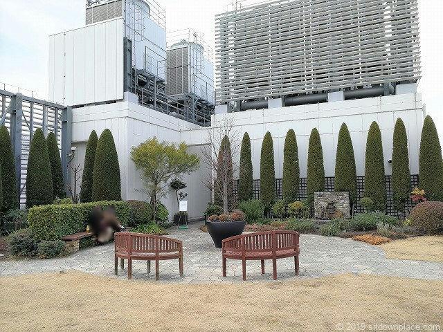 新宿マルイ本館Q-COURTの門出の庭