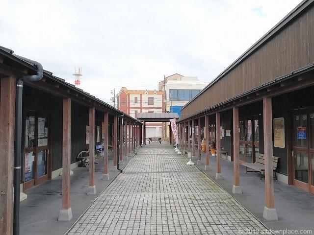 銚子セレクト市場の通路