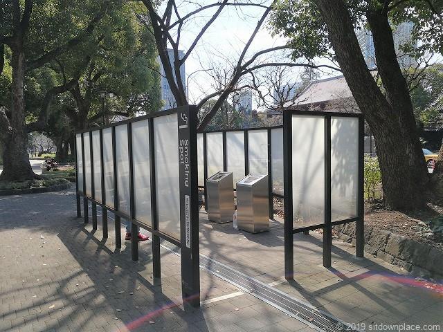 芝公園増上寺前の喫煙スペース