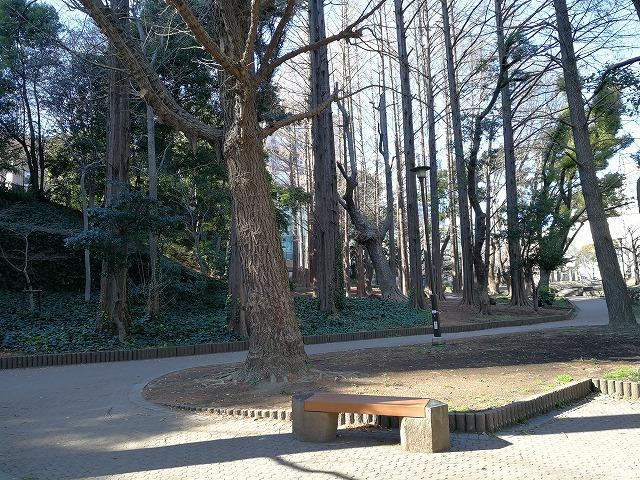 芝公園23号地の休憩スペース