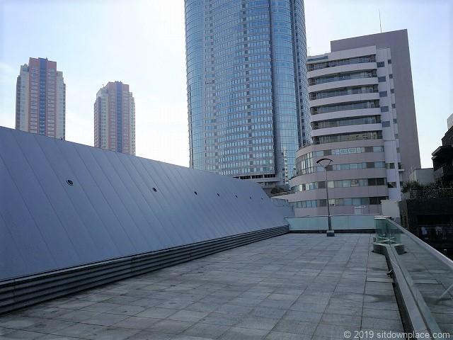 六本木ピラミデ4Fの屋上