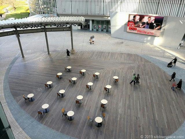 六本木ヒルズアリーナの休憩スペース