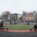 【調布駅】駅前広場の休憩場所