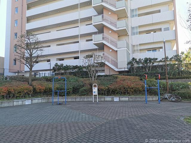 川崎駅堀川町公園の遊具