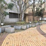 【本八幡駅】ターミナルシティ本八幡 広場の休憩場所