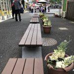 【小平駅】西友小平店前の屋外ベンチ